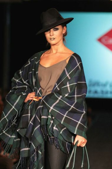 MAIN IMAGE - New Look Tartan Blanket Cape